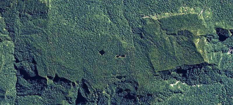 """Zone générale des recherches actuelles de Thierry Jamin et de ses compagnons, au nord du Sanctuaire National de Megantoni. La """"montagne carrée"""" et les mystérieux lacs. (c) Airbus Defense & Space, juin 2012."""